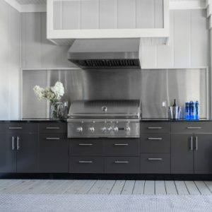 Outdoor kitchen cabinets in lake geneva wi