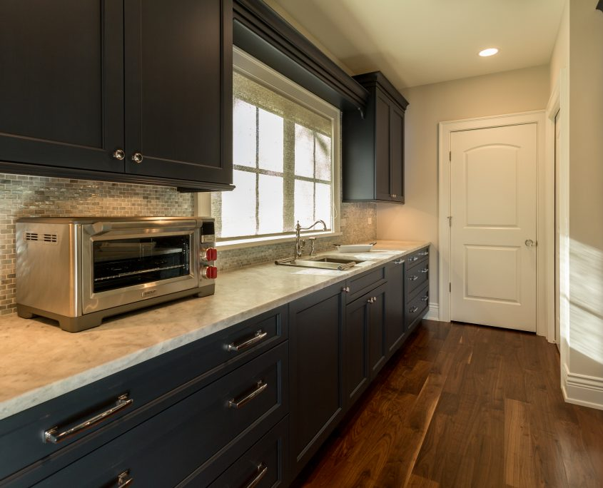 Butlers Pantry with navy cabinets