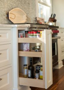 Organization pull out spice rack