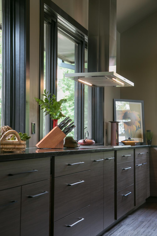 Genial Contemporary Kitchen Cabinets Plato Woodwork Dark Finish Stainless Steel  Range Hood Jpg