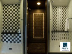 Lowell Custom Homes Shower tile